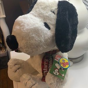 Peanuts Other - SNOOPY WITH CHRISTMAS 🎄 🧣 SCARF😍